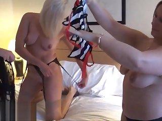 Mature lesbian voyeur girls fingering and pussy pleasuring