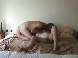 Nigela mature wife on hidden camera