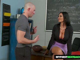 Bitchy teacher Jasmine Jae gets intimate with one of her favorite students