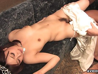 After a beauty contest, Rui Yazawa has a blowjob scheduled