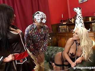 Classy kinky orgy with Caprice Jane and her costumed girlfriends