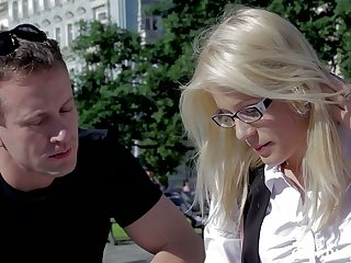 Nerdy blonde in glasses Sweet Cat gets intimate with stranger and takes cum on her glasses
