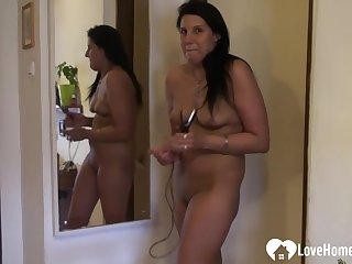 Nasty chick in stockings puts on a show