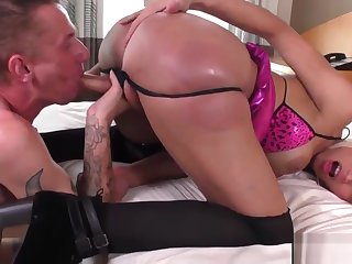 Tittyfucking tgirl enjoys pleasing cock