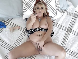 Chubby midget MILF in crazy POV home scenes of real porn