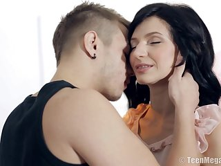 Petite Lady Had Sex On Table - Lina Arian