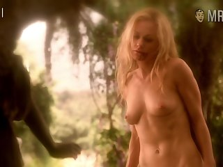 Hollywood sweetheart Anna Paquin is no stranger to getting naked