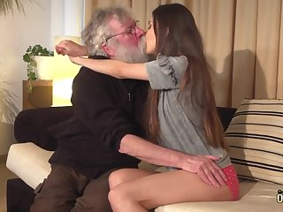 Pensioner with long grey beard fucks beautiful Turkish babe Anya Krey